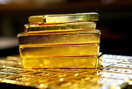 East-to-west flow of gold slows as Swiss exports to India rebound