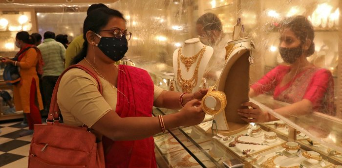 Diwali gold-buying frenzy missing on key day for Indian demand
