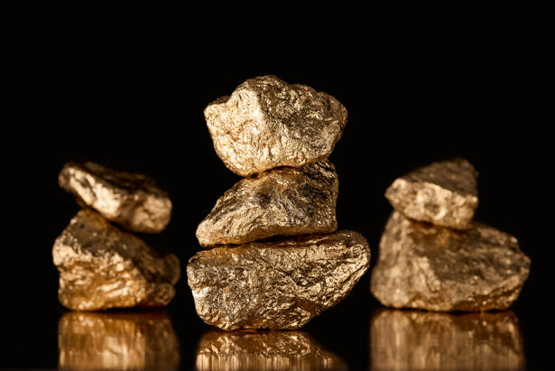 Gold Price Prediction – Gold Hits 2-week High as Dollar Slides