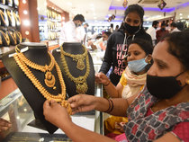 Dhanteras gold jewellery sales may record 35% rise