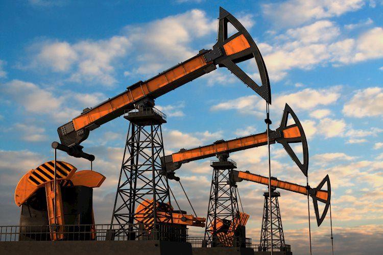 Oil edges higher, gold range trading